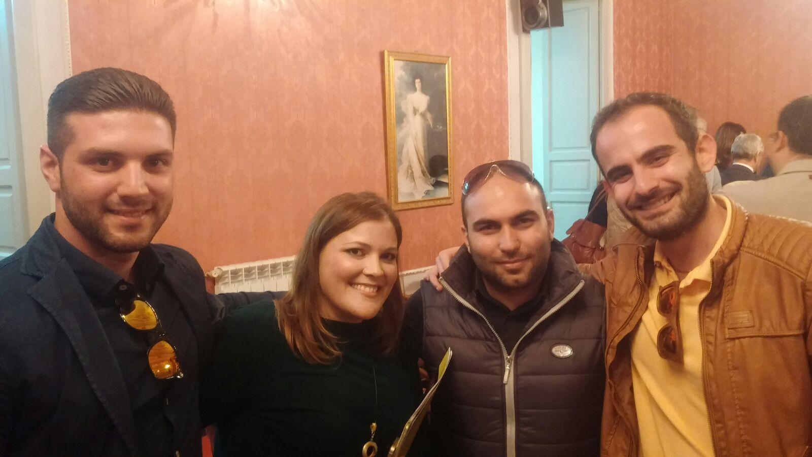 Il consigliere Zenone con i giovani dirigenti del PD di Gioiosa Marina