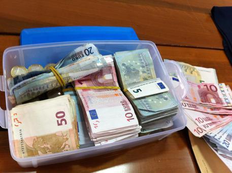 Denaro banconote in contanti