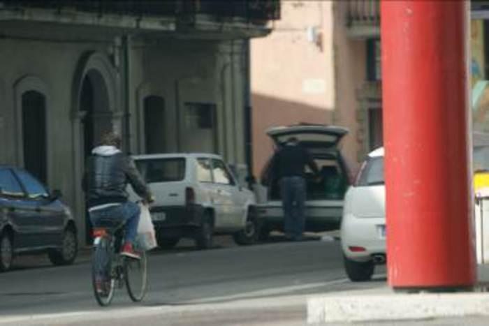 Assenteismo: dipendenti in bici durante orario lavoro, avvisi conclusione indagini