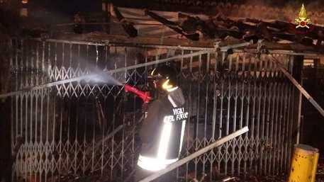 Incendio veranda titolare locale Tropea
