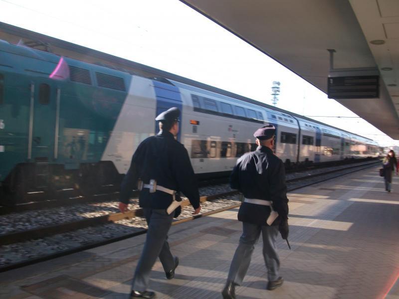 20160222162530-polfer-treni