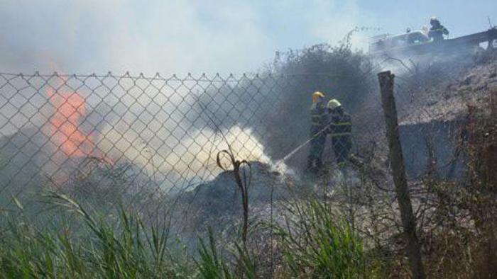 Incendi: ancora fiamme a Fiumicino,vicino Ponte della Scafa