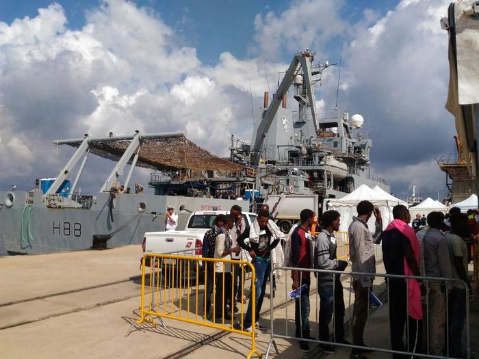 Sbarco 332 migranti a Reggio Calabria