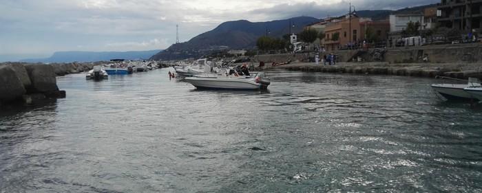 Foto Ansa - Sequestrato porticciolo abusivo a Punta Pezzo