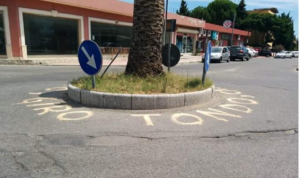 siderno atti vandalici