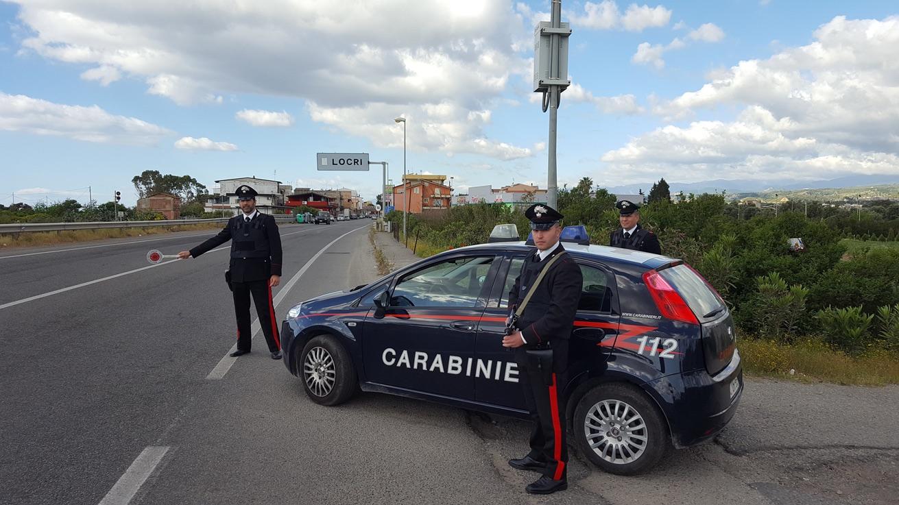 posto di blocco carabinieri locri