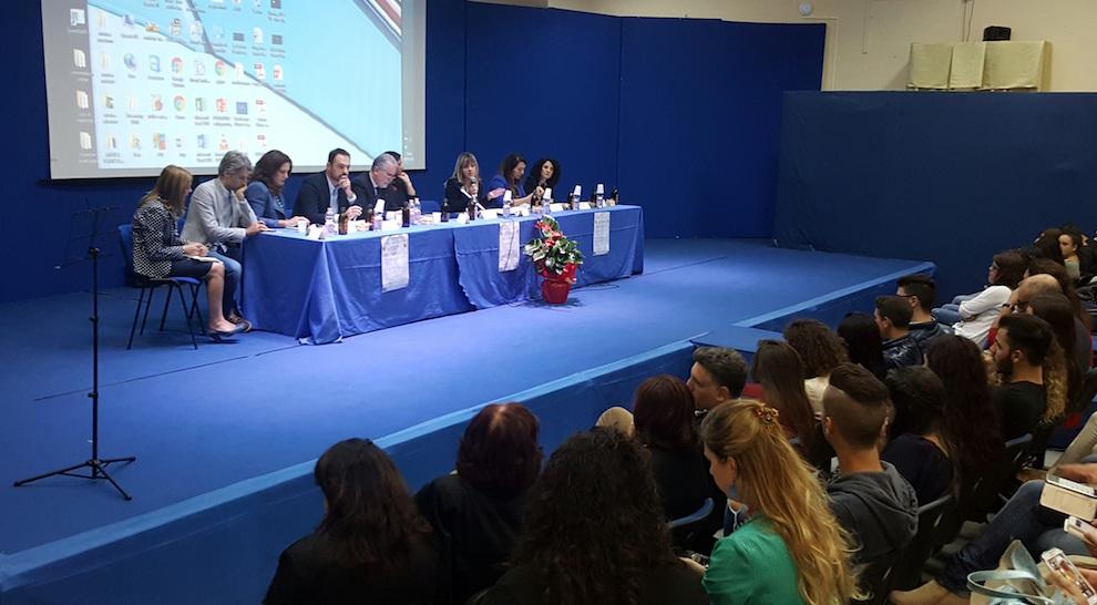 foto-presidenza Info Day Progetta il tuo Futuro con l'Edic Calabria&Europa a Rosarno
