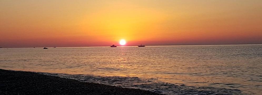 mare tramonto costa ionica evid