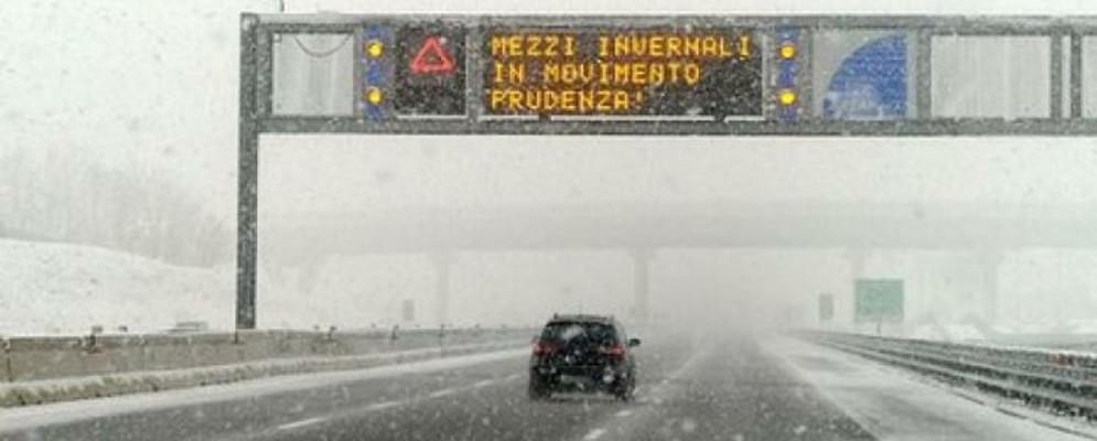 protezione-civile-calabria-neve-autostrada-evid